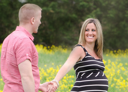 Maternity Photography in Delaware: H Family