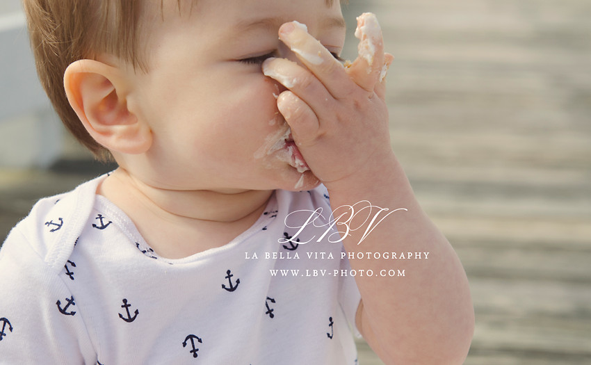 Cake Smash photography | Rehoboth Beach, DE | Logan