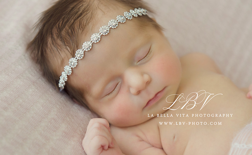 Newborn Photography | Wilmington, DE | Philidelphia, PA |Rehoboth Beach, DE | Lewes, DE | Middletown, DE | Baby Daniela